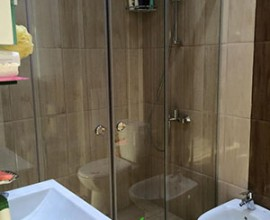 Shower Enclosuers